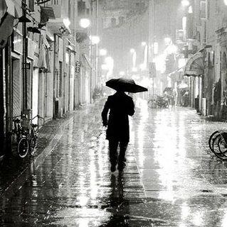Yalnız İnsanlar Sokağı