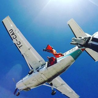 SkydiveEfes Thk Efes Dropzone  Facebook Hayran Sayfası Profil Fotoğrafı