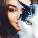 Hande Erçel  Instagram Hesabı Profil Fotoğrafı